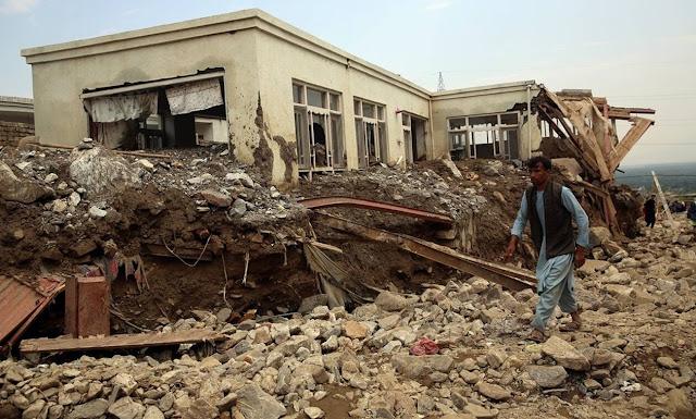 afganistan-toylaxiston-100-nekroi-apo-tis-plimmyres-katastrafike-i-poli-sarikar