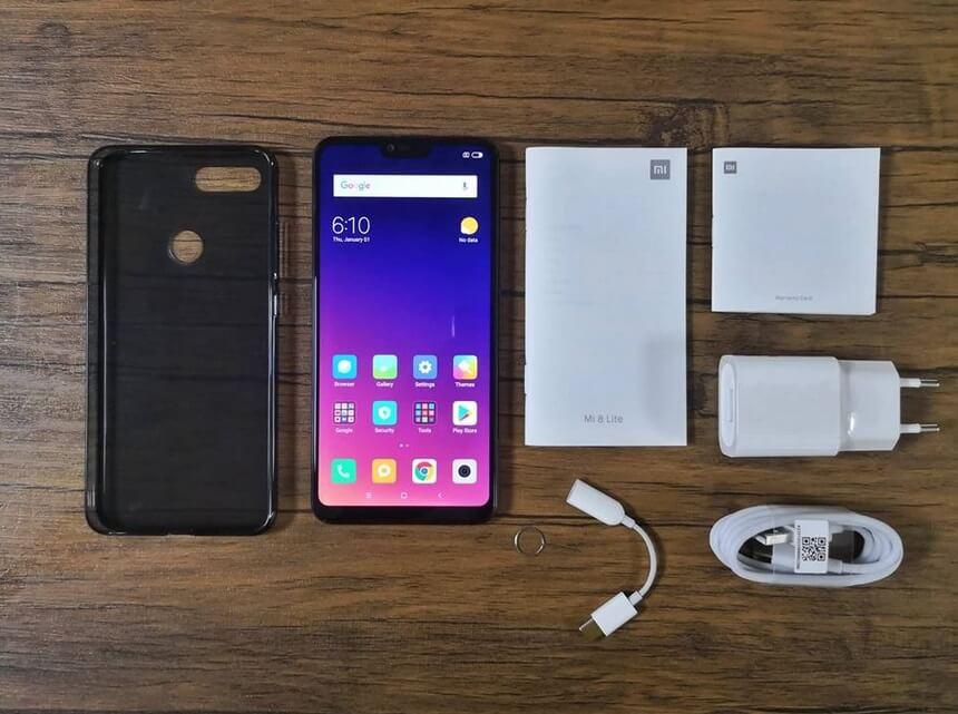 Xiaomi Mi 8 Lite Retail Package