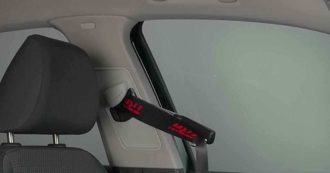 voiture du futur trw rend la ceinture de s curit plus confortable. Black Bedroom Furniture Sets. Home Design Ideas