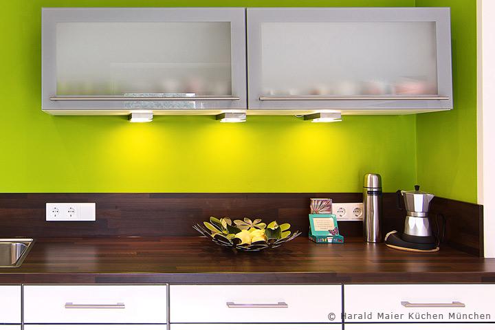 Wir Renovieren Ihre Kuche Kueche Modernisieren Fronten Austauschen