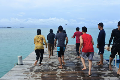 Dermaga Pulau Semak Daun