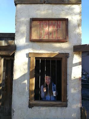 prigione nella città fantasma pioneertown
