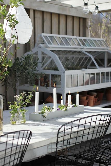 annelies design, webbutik, webbutiekr, webshop, nätbutik, ljusstake, duo, lång, dekorera, blomma, blommor, vårblommor, violer, vitsippor, uterum, uterummet, trädäck, trädäcket, uteplats, uteplatsen, trädgård, trädgården, ljusstakar, duo,