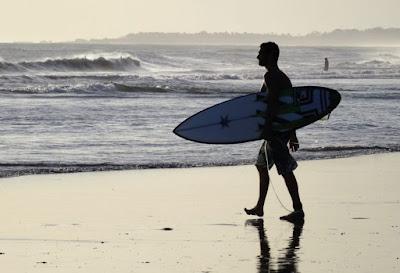 bali top surfing