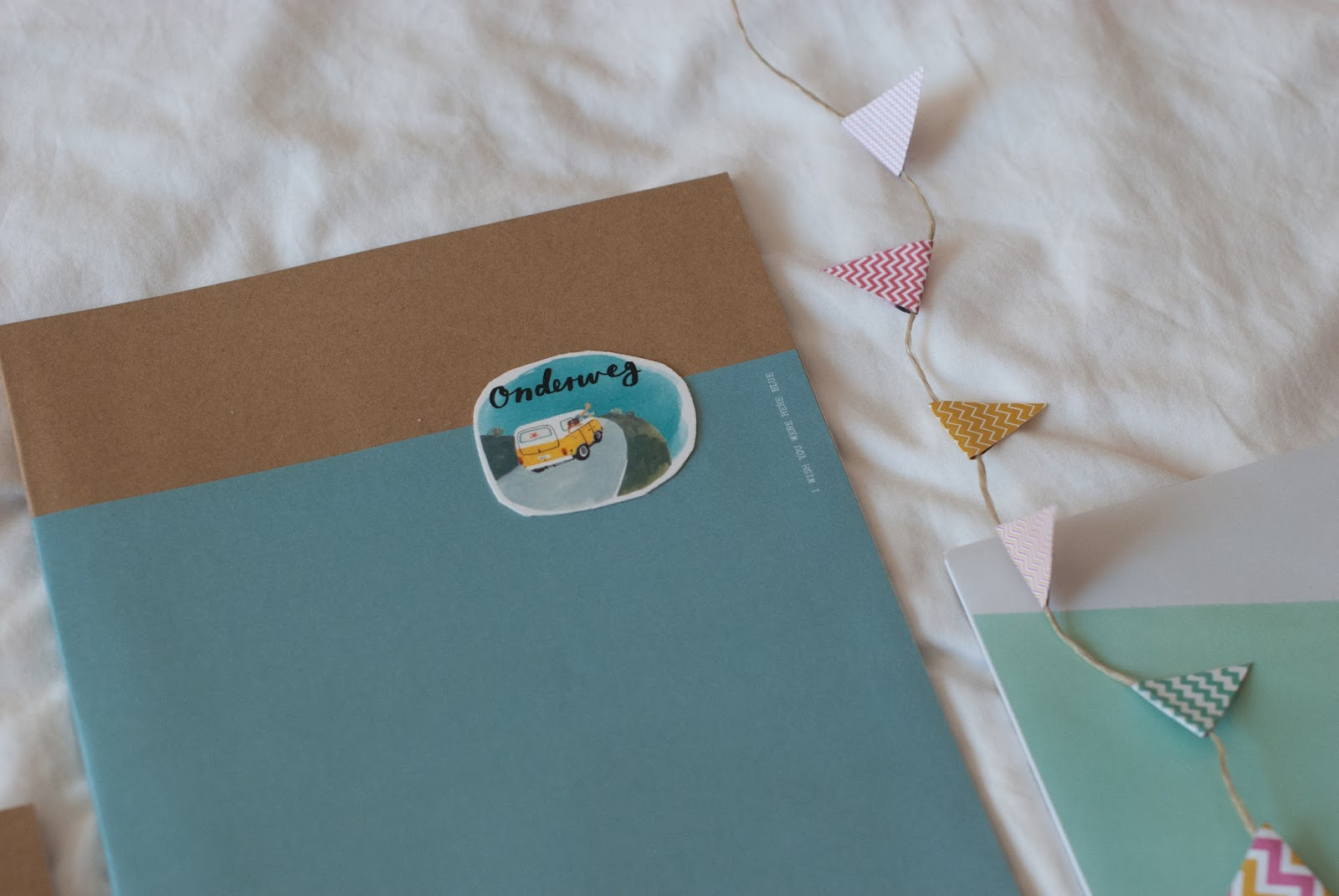 Fabulous flyin' through a sky full of stars: diy • schriften #AK85