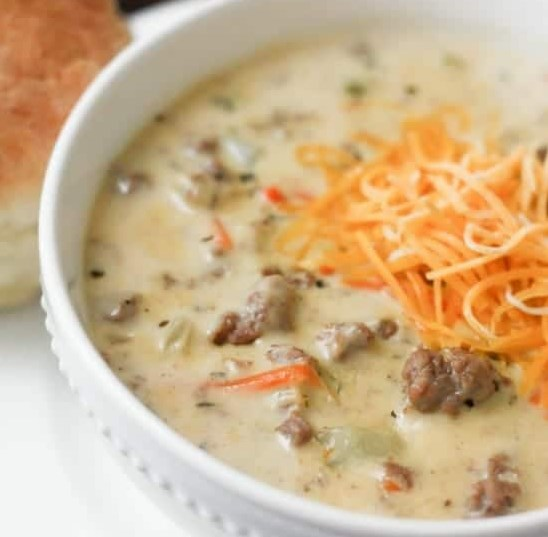 CHEESEBURGER SOUP #meals #soups