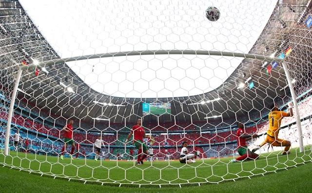 Euro 2020: Η UEFA απέρριψε το αίτημα για φωταγώγηση γηπέδου στα χρώματα της ΛΟΑΤΚΙ κοινότητας