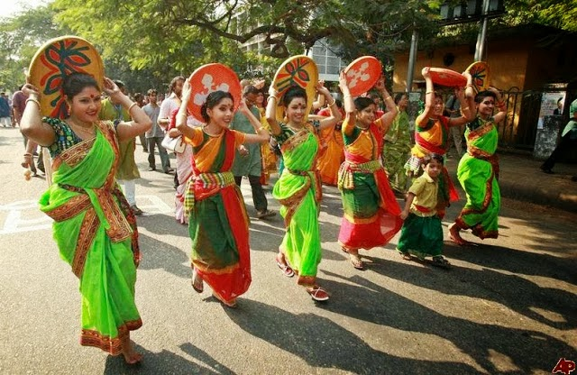 Dhaka University's Hot Bangladeshi Girls Exclusive Photos Collection