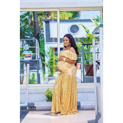 Bidemi Kosoko Maternity shoot photos
