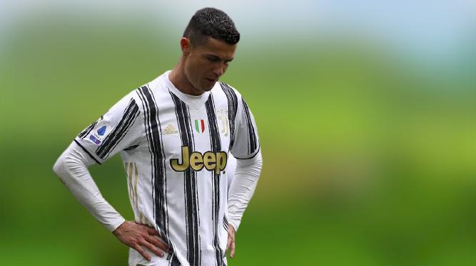 Cristiano Ronaldo makes decision on Man Utd return
