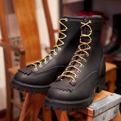 ブラックを基調としたウエスコ製ジョブマスター。ステッチカラーも全てブラックカスタム。