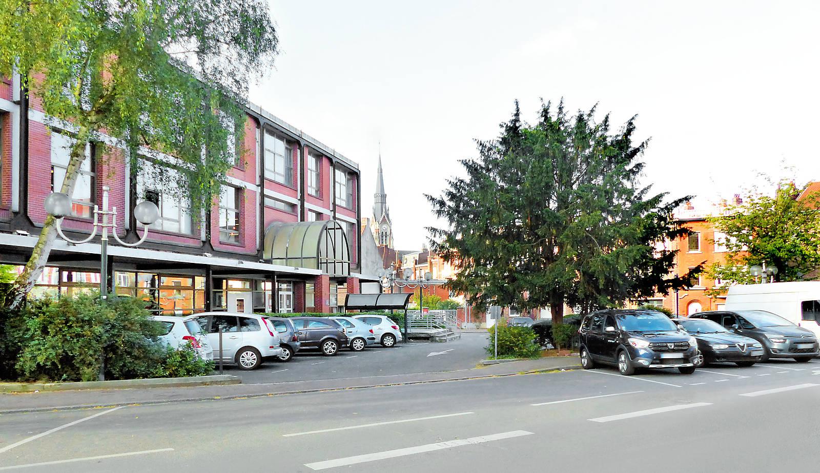 Médiathèque André Malraux - Tourcoing, 26 rue Famelart.