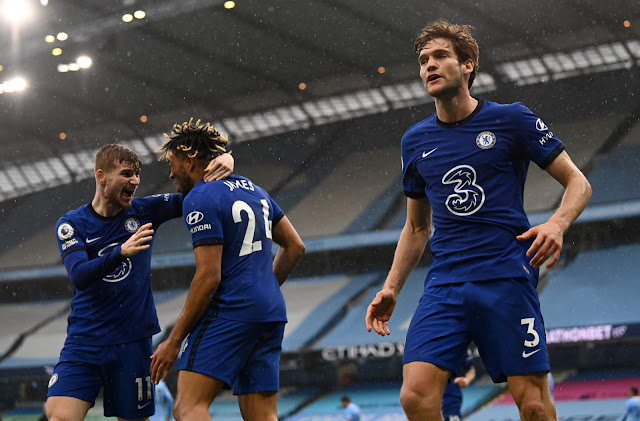Timo Werner, Reece James and Marcos Alonso celebrating Chelsea's late goal against Man City