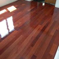 finishing lantai kayu merbau