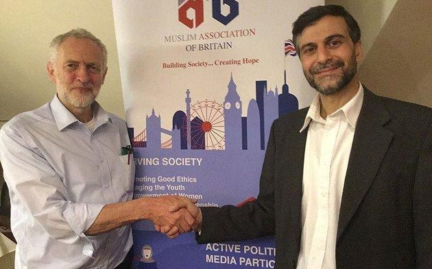 جيريمي كوربين ورئيس المسجد الذي يلقي باللوم على المملكة المُتحدة على انتشار داعش