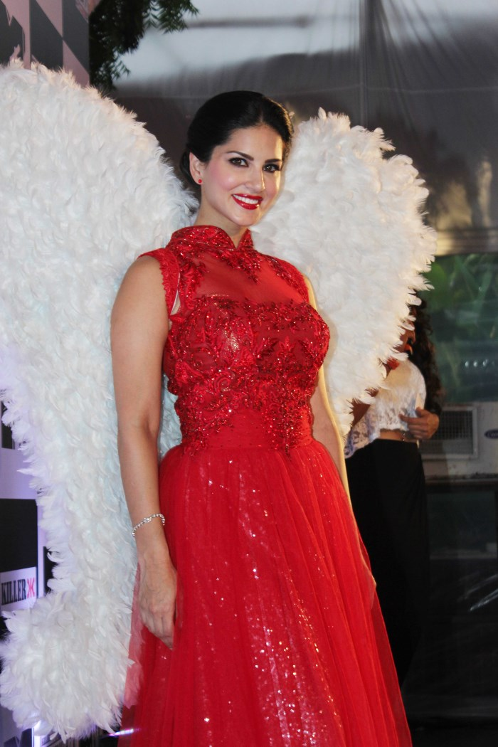 Bollywood Actress Spicy In Red Dress Sunny Leone