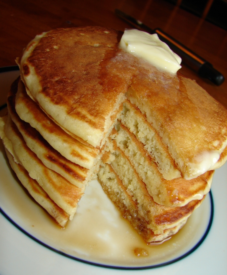 Nummy kitchen old fashioned buttermilk pancakes - Better homes and gardens pancake recipe ...