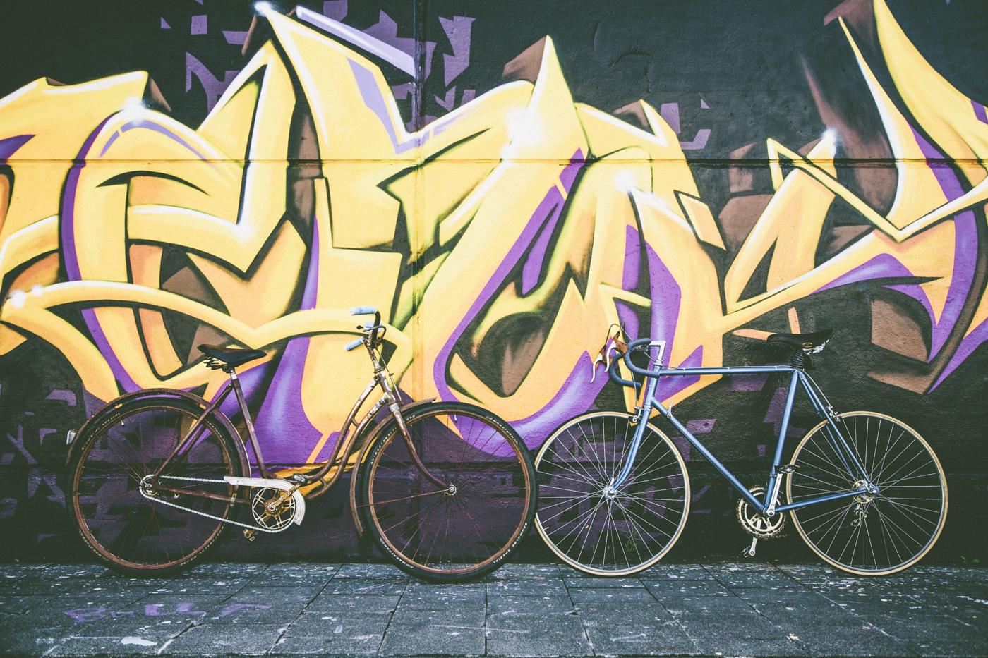 Royalty free, pubblico dominio, immagini gratis, murales, bicicletta