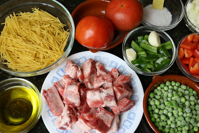 Ingredientes para fideos con costillas