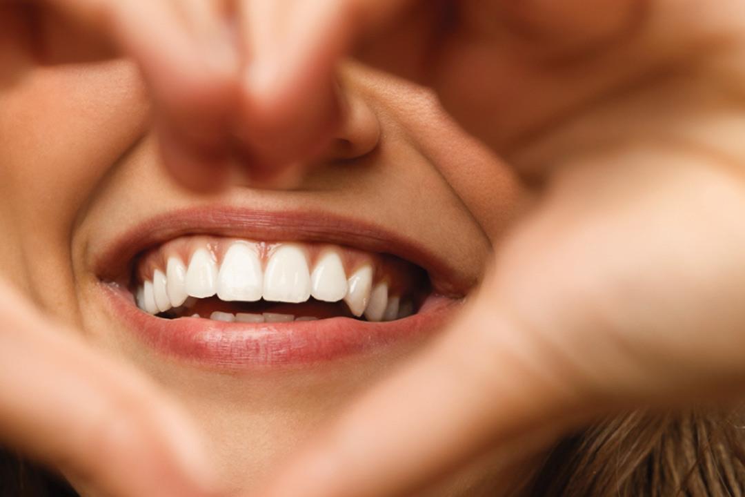 تفسير حلم رؤية سقوط الاسنان في المنام موسوعة المعرفة الشاملة
