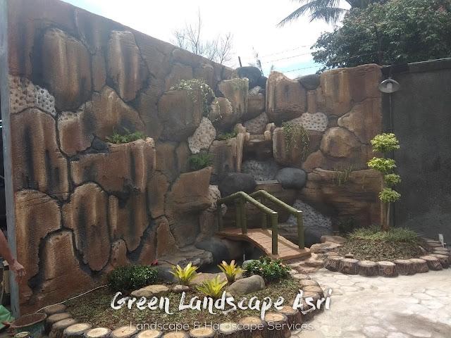 Jasa Pembuatan Relief Kolam Tebing Kediri | Tukang Dekorasi Relief Taman