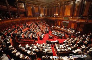 Napolitano richiama il governo: stop ai decreti legge