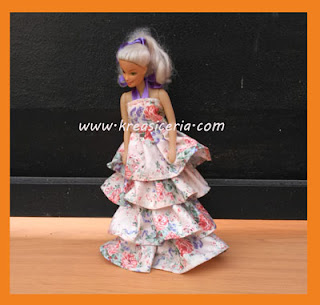 Cara Membuat Baju Boneka Model Rok Rempel Tumpuk
