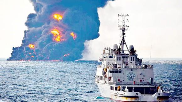 Pháp luật quốc tế và pháp luật nước ngoài về chống ô nhiễm dầu trên biển từ tàu.