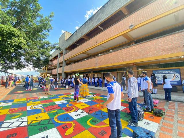 Presencialidad en las I.E, de Medellín.