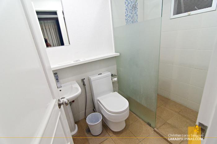 Estancia Tagaytay Santorini Cluster Toilet