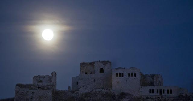 Eclipse - Fortaleza Antipatris - Rosh Haayin -Israel - Abir Sultan