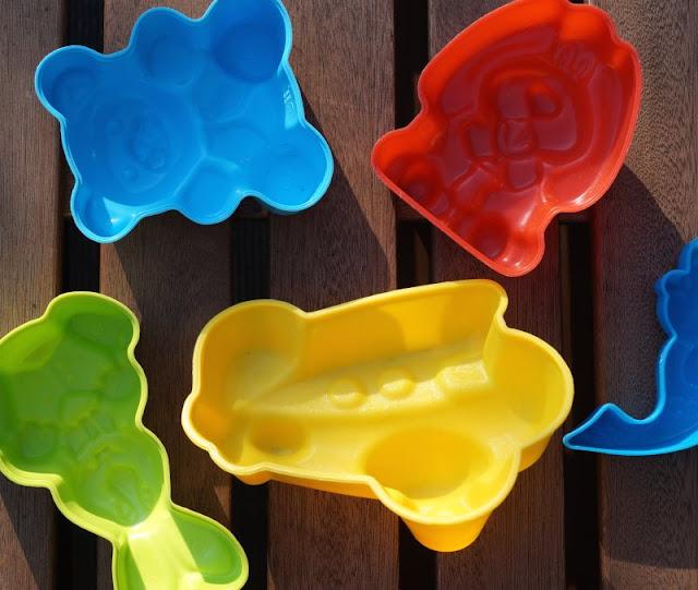 55 kreative Spiel- und Beschäftigungsideen für Zuhause. ein paar Tipps und Tricks für den Alltag mit Kindern zu Hause.