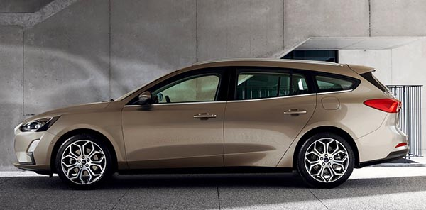 burlappcar  ford focus wagon