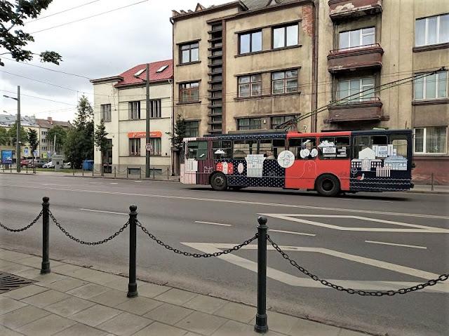 autobus nella città nuova di kaunas