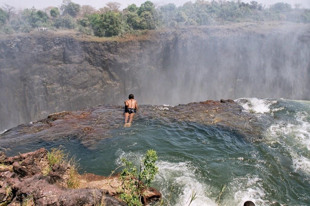 Africa Vera La Devils Pool delle Victoria Falls il