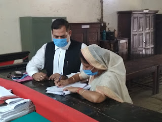 धनंजय सिंह की पत्नी श्रीकला समेत 11 प्रत्याशियों ने किया नामांकन | #NayaSaberaNetwork