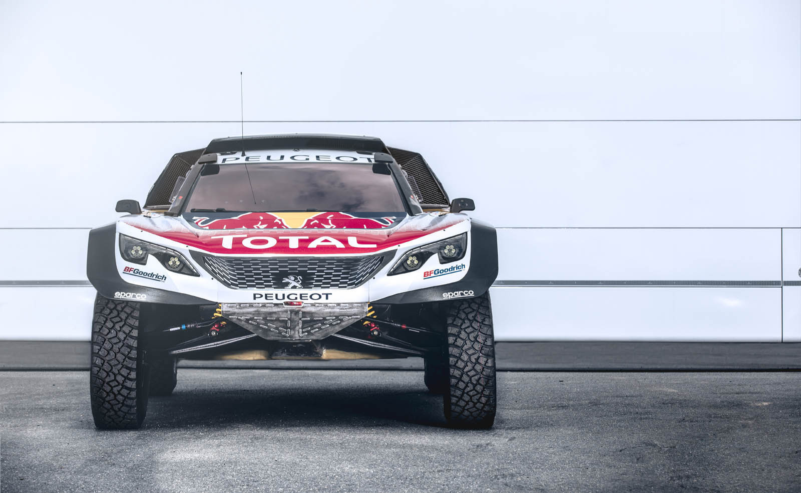 peugeot aims to win 3rd consecutive dakar rally with new 3008dkr maxi 30 pics video carscoops. Black Bedroom Furniture Sets. Home Design Ideas
