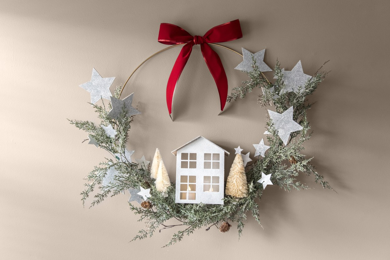 Pottery Barn Knockoff Wreath by Confessions of Parenting