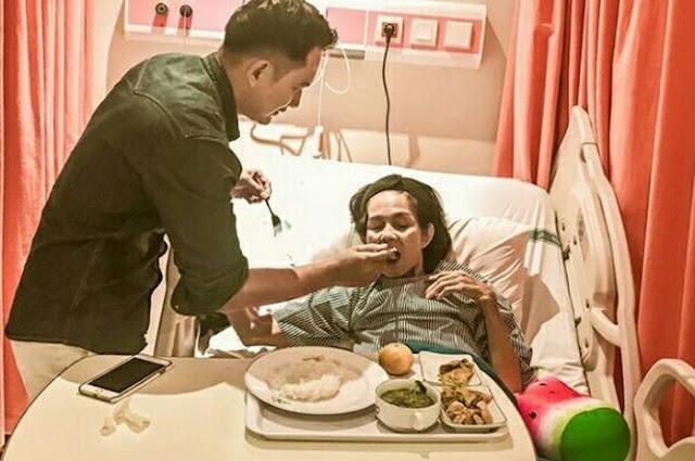 Kanker Usus Ibunda Kiki Farrel Kembali Muncul