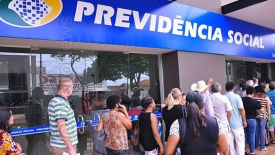 antecipacao 13 aposentados pensionistas inss atrasar