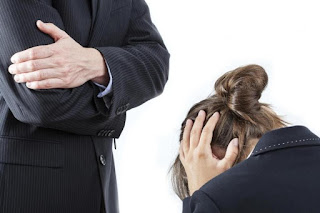 O seu direito: Vítima de assédio moral no trabalho. O que fazer?