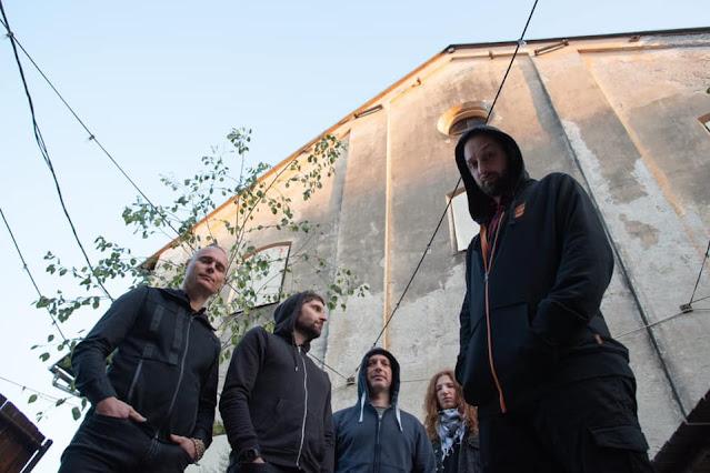 Inmate v letu 2021, od leve proti desni David Vodopivec (kitara), Marko Duplišak (vokal), Jure Grudnik (bobni),  Andrej Bezjak (kitara) in Jure Vertelj (bas). Foto: Inmate fb