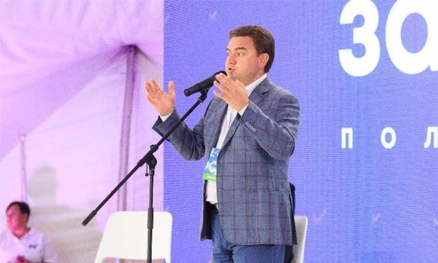 За рік ми отримали два уряди, які продають країну іноземцям, – Віктор Бондар