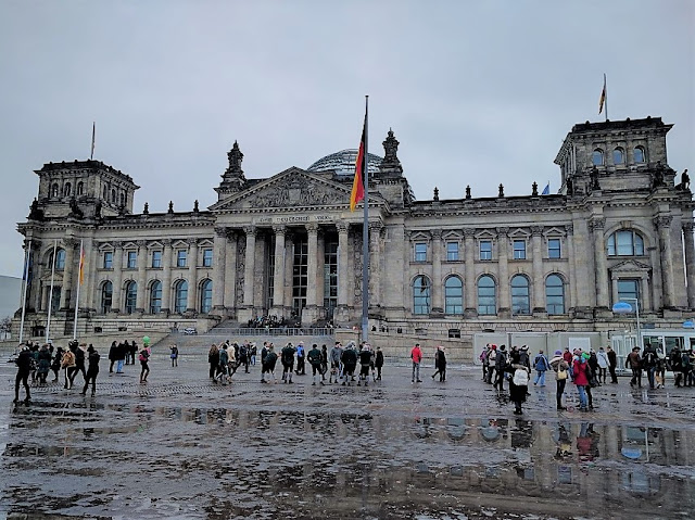 Reichstag building in a rainy day