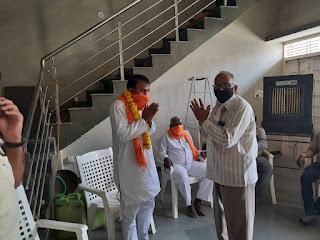 कुदंनपुर में जिला अध्यक्ष का किया स्वागत