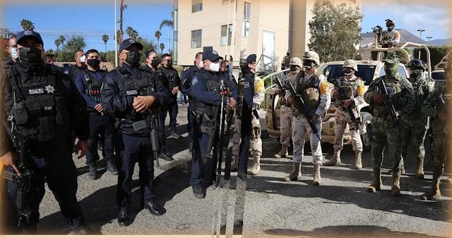 policias y militares en Ensenada