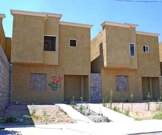 Rescatarpan 1500 viviendas abandonadas en Durango