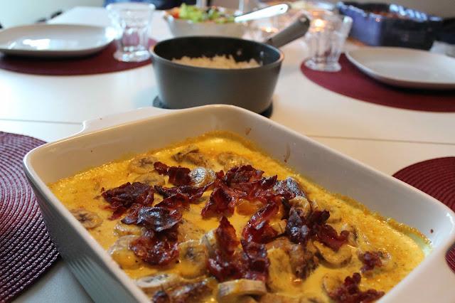 Fläskfilé i currysås med banan