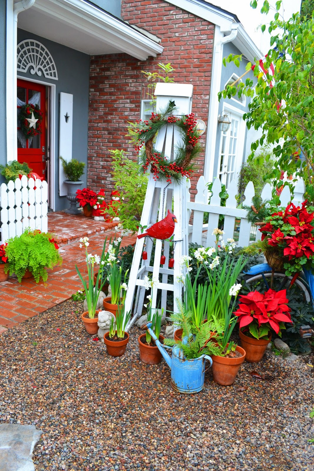 Garden Home And Party Spring Fever: My Painted Garden: Christmas Cottage Home/Garden Tour