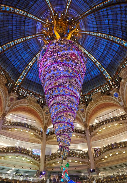 albero di natale galeries lafayette parigi